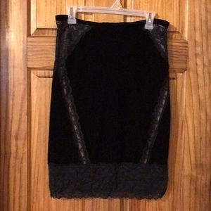 Express black velvet skirt